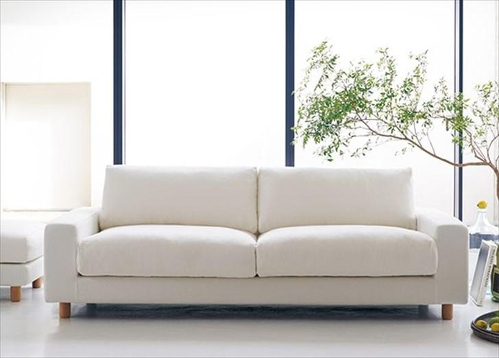 無印良品のワイドアームソファはカバーの生地によって座り心地が全然違う!