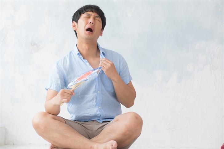 【体験談】おそうじ本舗のエアコンクリーニングが酷すぎて泣けた!口コミや評判が悪いのも納得